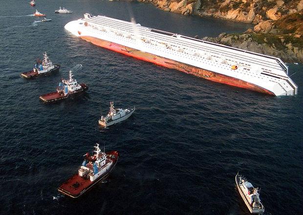 Suspenden la búsqueda de desaparecidos en la parte sumergida del crucero Costa Concordia