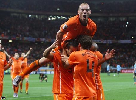 Holanda, primer finalista en Sudáfrica 2010