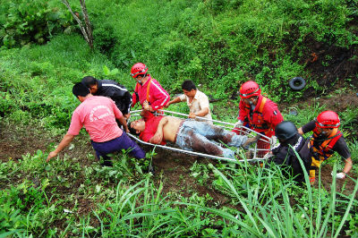 Heridos son derivados a hospitales de varios cantones