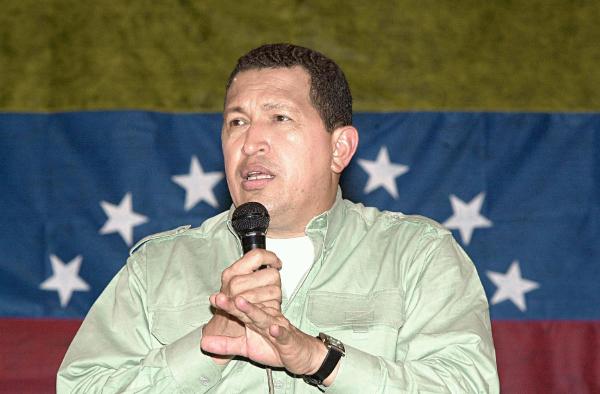 Hugo Chávez gobierna desde hoy con poderes especiales