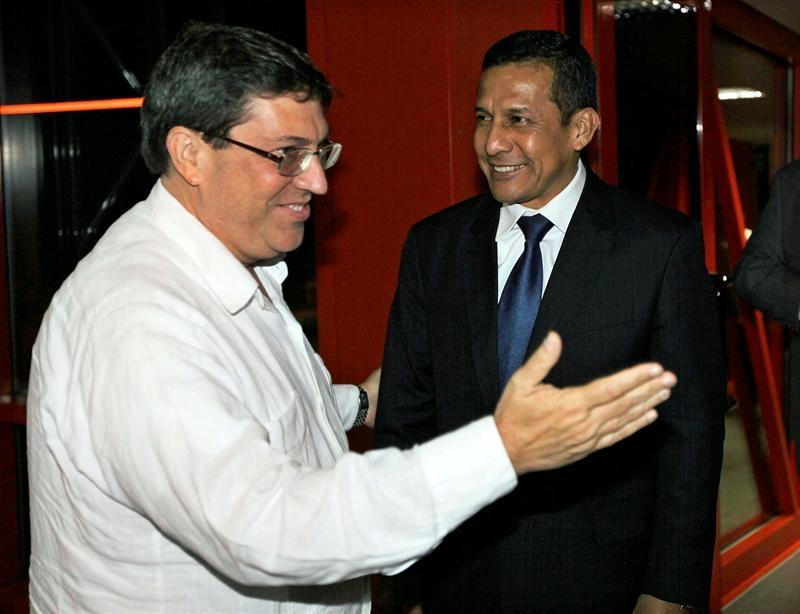 Humala concluye su gira regional con visita a los hermanos Castro