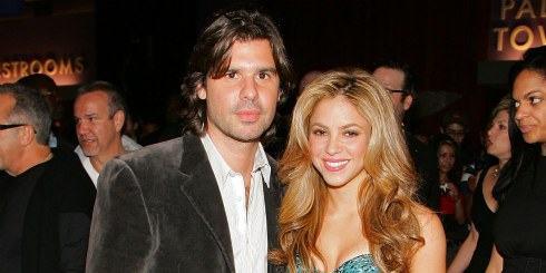 Shakira disfruta de París tras su ruptura con De la Rúa