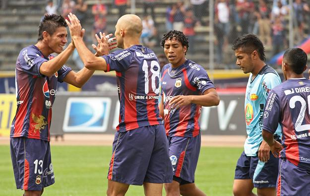 Deportivo Quito golea 3-0 al Macará