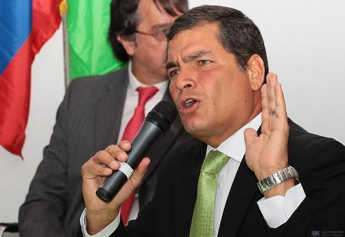 Correa niega acuerdo con Bucaram