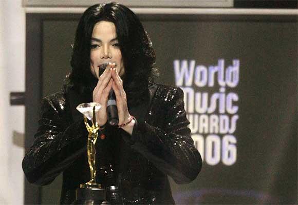 Se filtra en Internet otro supuesto tema inédito de Michael Jackson