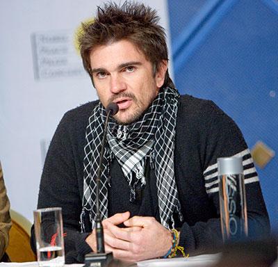 Juanes anima a los hispanos a votar en las elecciones