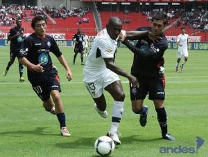 Liga de Quito goleó de local al Olmedo 5-0 con tripleta de Bieler