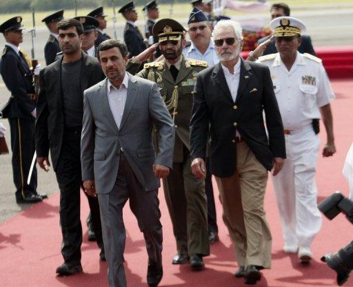 Correa recibirá a Ahmadineyad en medio críticas