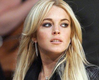 Lindsay Lohan abandona centro de rehabilitación