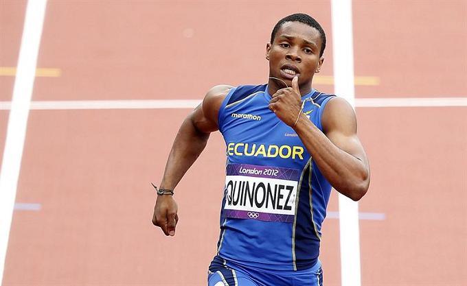 Álex Quiñónez termina séptimo en la carrera de 200 metros planos