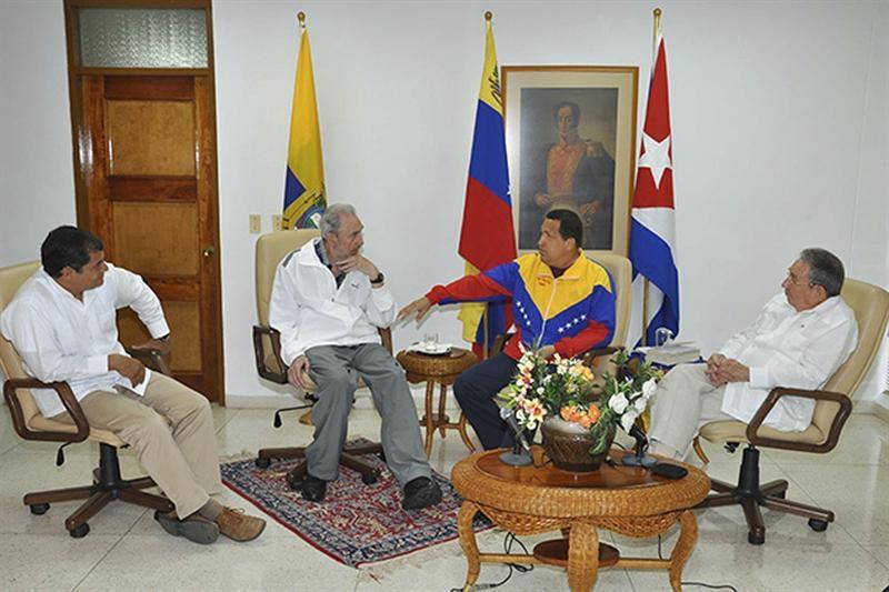 Chávez se reunió con hermanos Castro y Correa