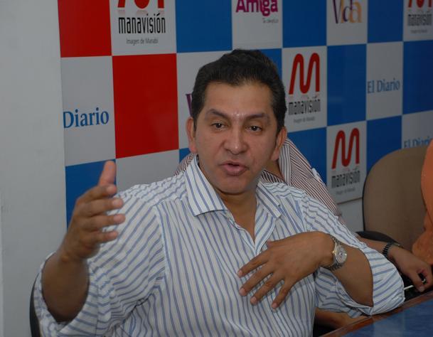 Lucio Gutiérrez pide que se cierren las fronteras