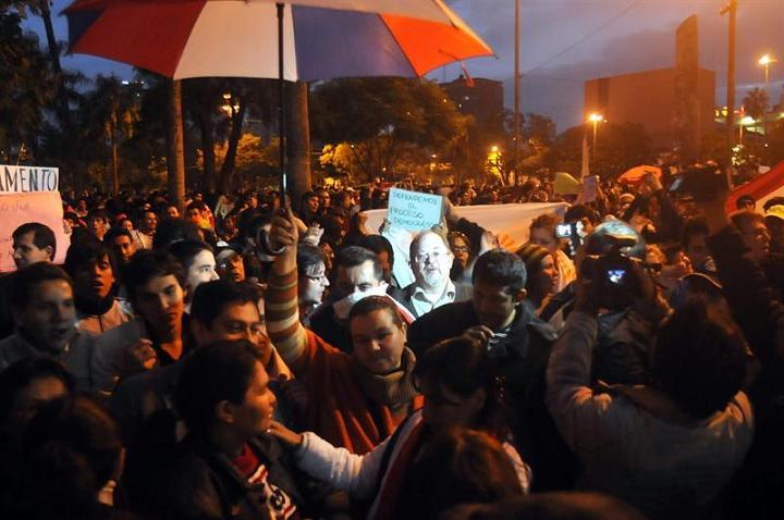 Paraguay vive crisis política