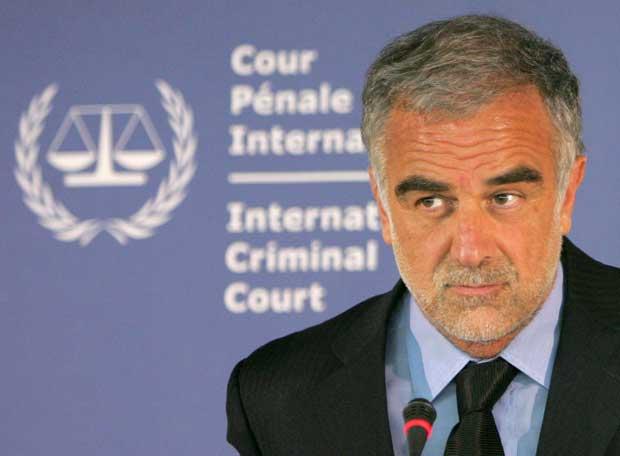 Ocampo explicará la orden de arresto contra Gadafi