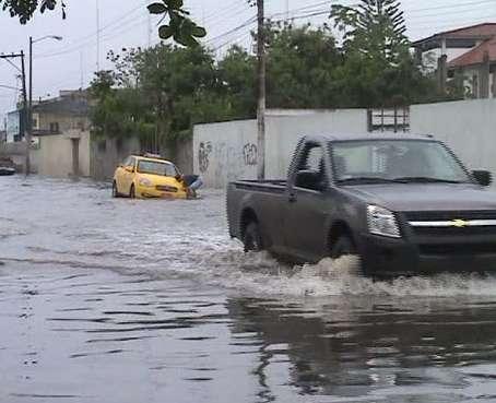 Lluvias en el país causan muerte de niña y estragos