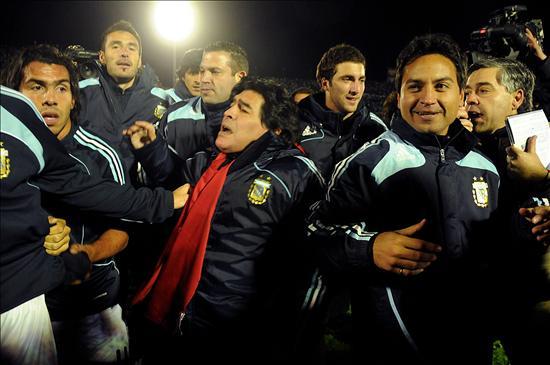 Argentina gana y va al Mundial; Uruguay a la repesca