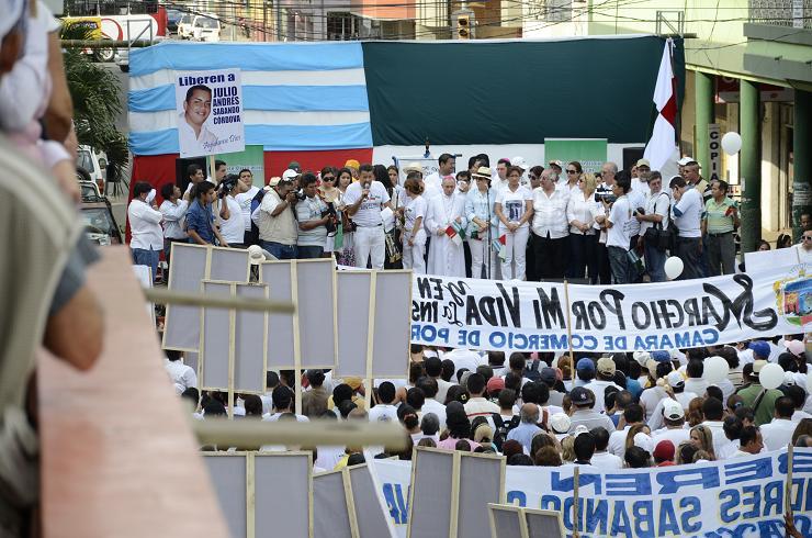 Miles de personas se unieron para pedir paz