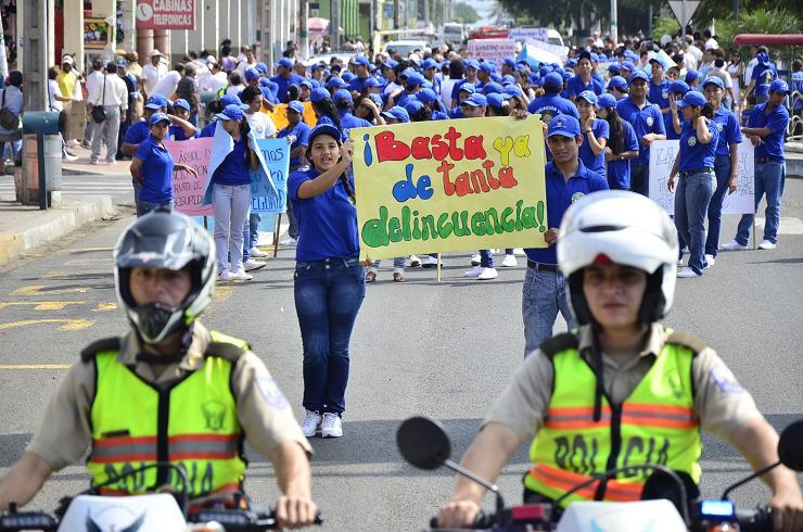 Bahía de Caráquez realiza marcha por la seguridad