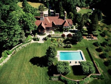 Mel Gibson vende mansión