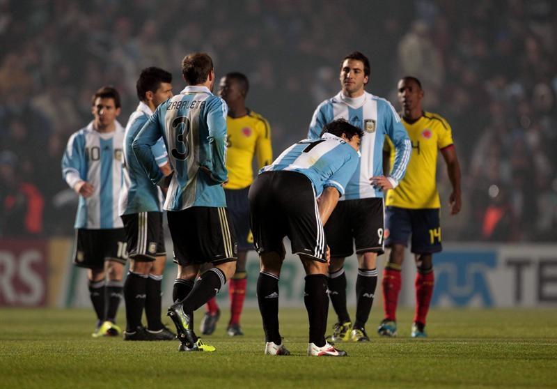 Argentina provoca decepción y Messi preocupación, según la prensa