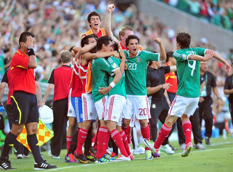 2-3. México remonta resultado y se clasifica para la final