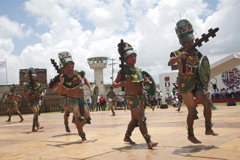 Cárcel celebra sus propias olimpiadas con 800 reos