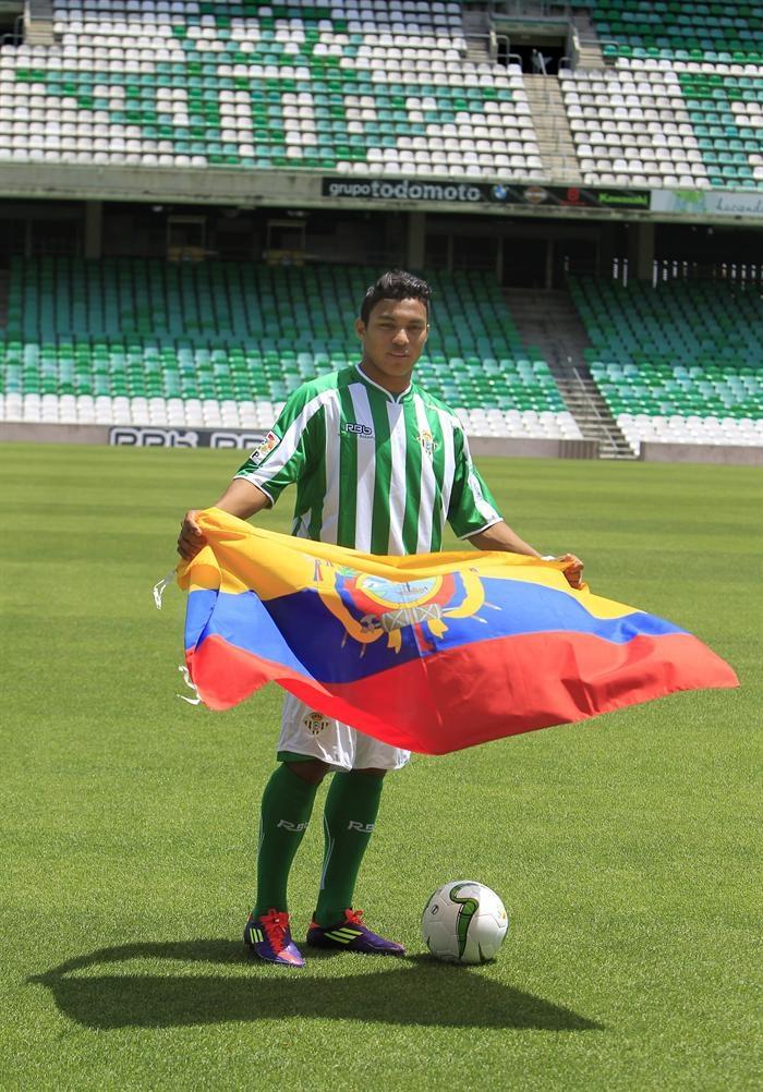 Ecuatoriano Jefferson Montero ya es parte del Betis de España