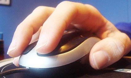 El mal uso del mouse daña la mano, podría causar el síndrome del túnel carpiano