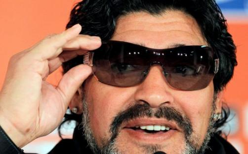Maradona protagoniza su propio show en Sudáfrica