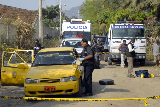 Dos heridos en la avenida Reales Tamarindos