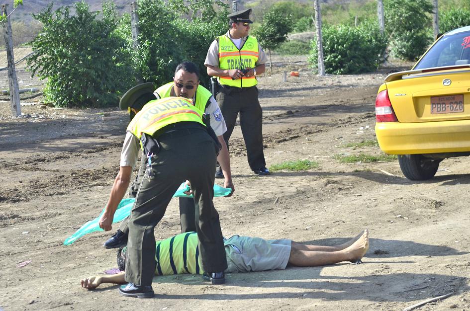 Matan a taxista en un camino solitario