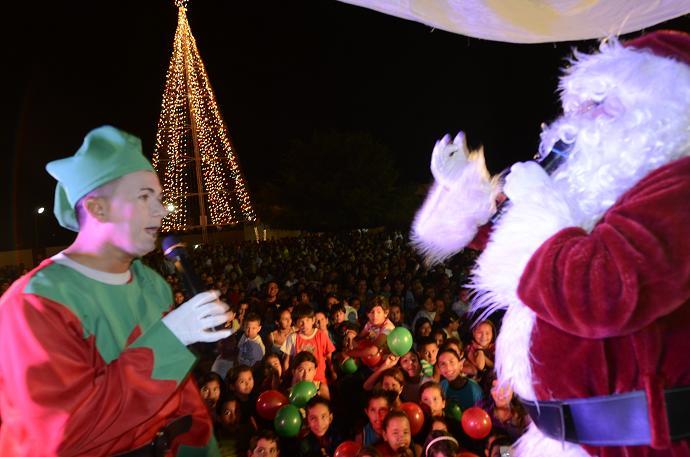 Ediasa encendió su árbol de Navidad con emoción y alegría