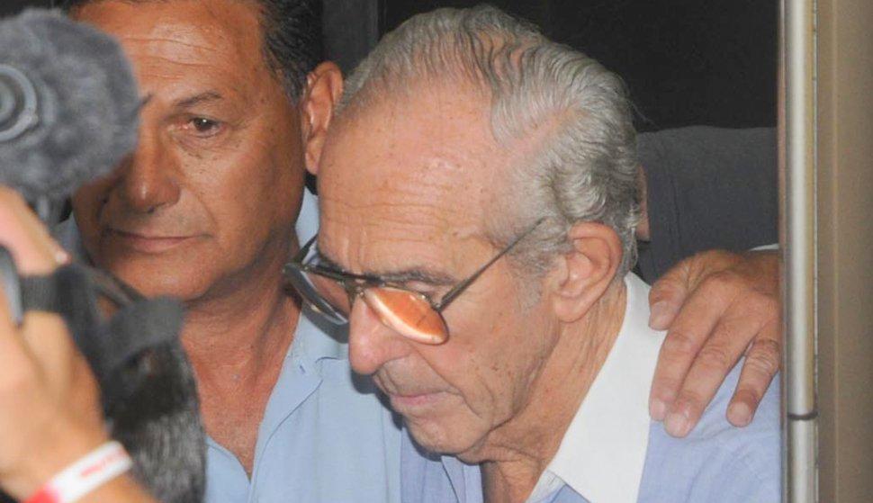 Odontólogo que mató a esposa, hijas y suegra volverá a la cárcel