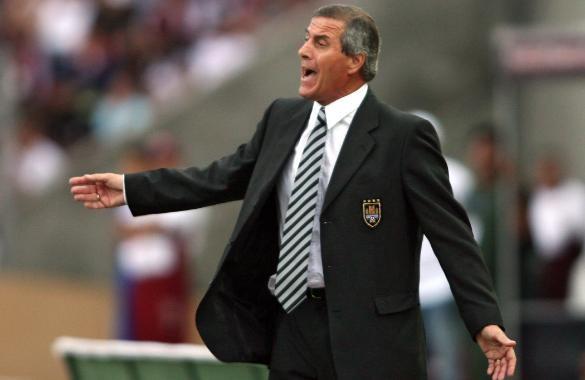 Empleada doméstica robó $500.000 a seleccionador uruguayo