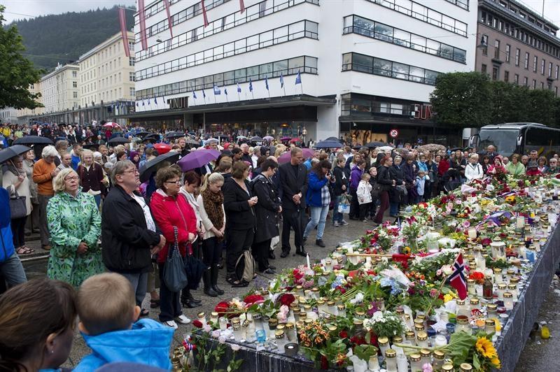 Ordenan prisión provisional para el autor confeso de la masacre de Oslo