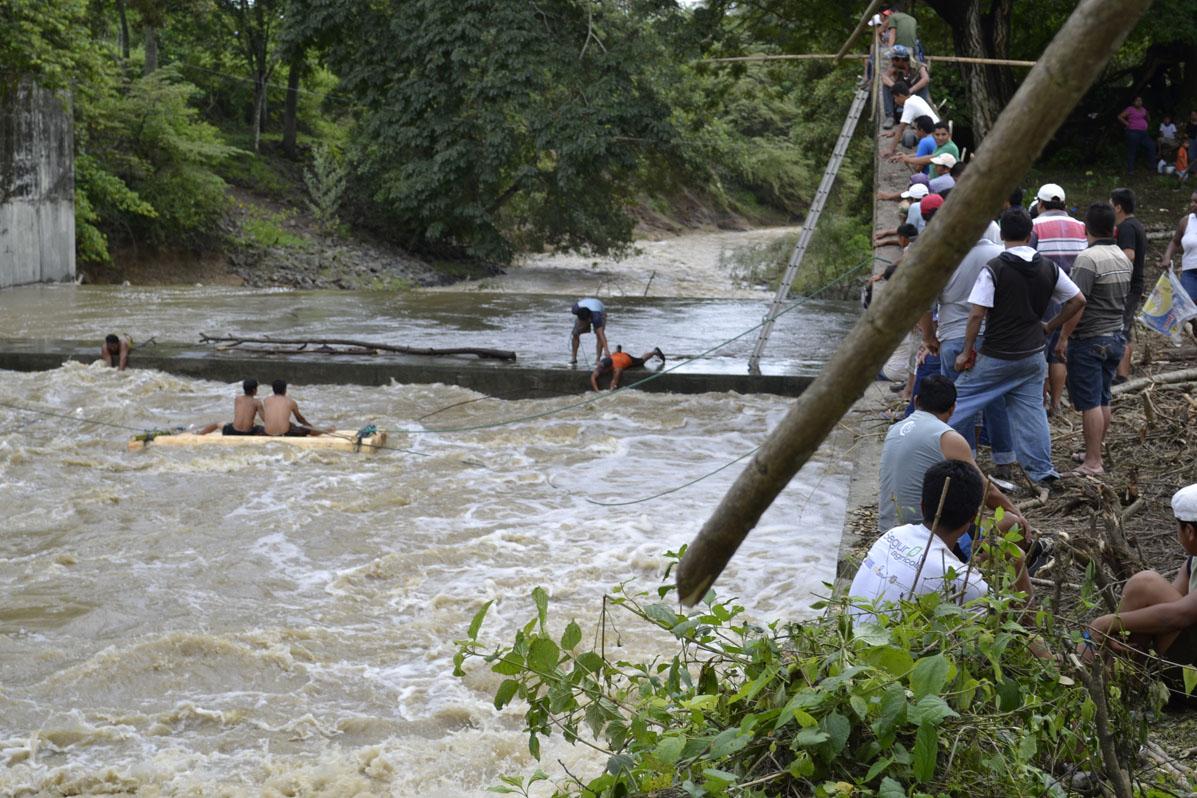 Siguen sin hallar a bañista que se ahogó en ex presa