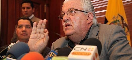 Comisión aprobó sanciones a los medios