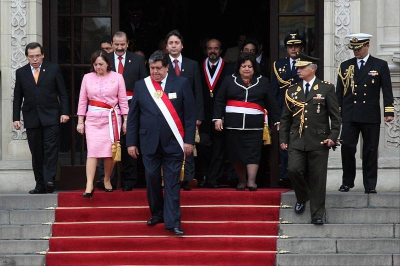 Alan García acude a su última actividad como presidente