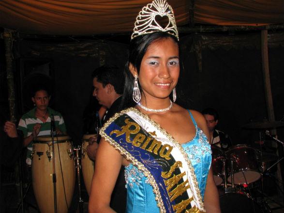 Eligen a reina de Canoa en medio de inconformidades