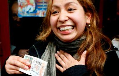 Dos ecuatorianos le 'pegan al gordo' de la lotería española