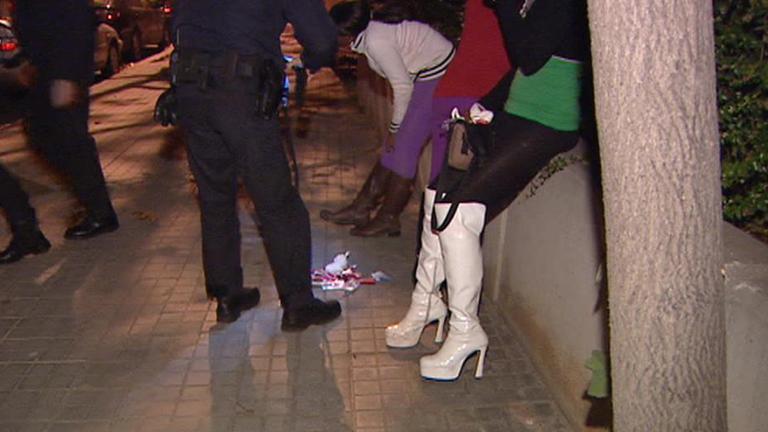 El sexo callejero será causa de multa en Barcelona