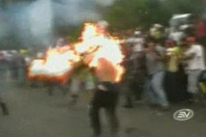 Muere uno de los dos hombres quemados vivos, en Cumandá