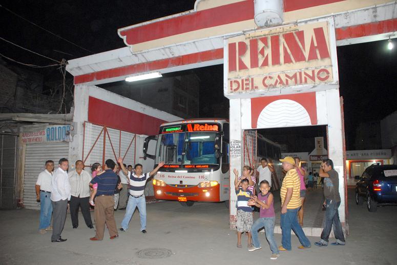 Empiezan a circular los buses de 'Reina del Camino'