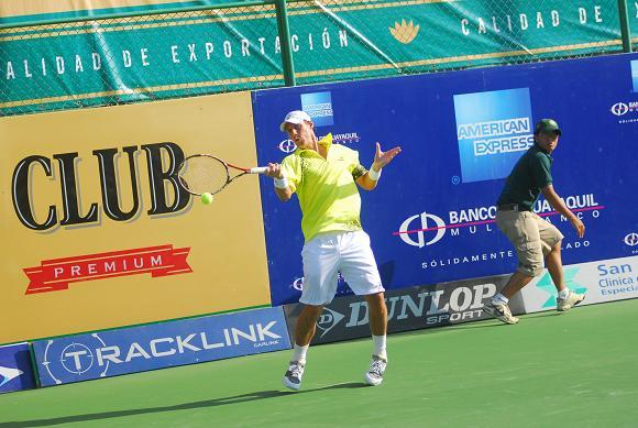Tres brasileños a segunda etapa en el Manta Open 2011
