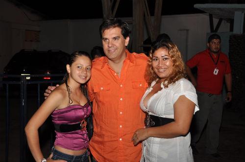 Roberto Angelelli contento en Ecuavisa