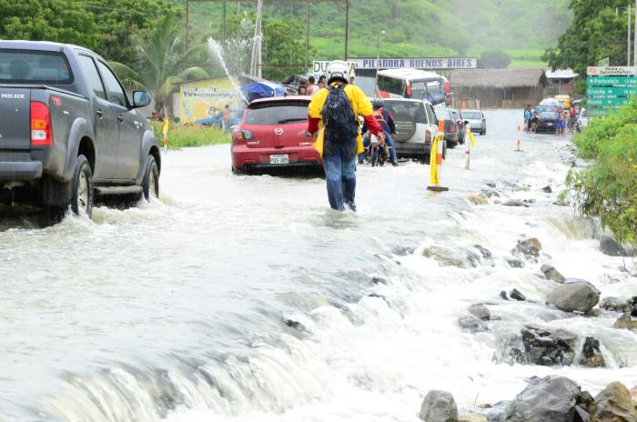 Inundación en Rocafuerte