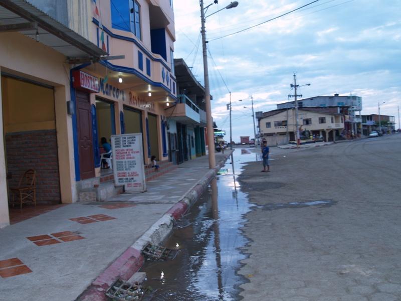 El mar ingresó a San Jacinto
