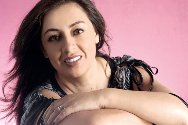 Paulina Aguirre busca romper el silencio con nuevo disco