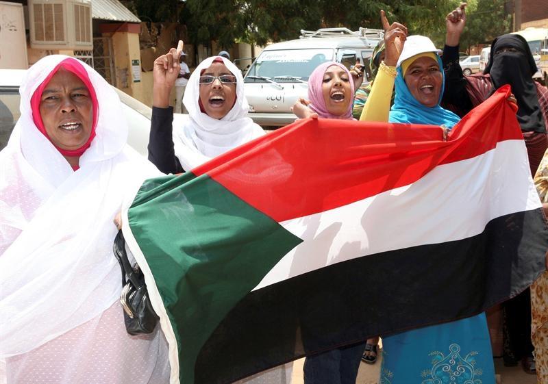 Sudaneses del Sur celebran su independencia