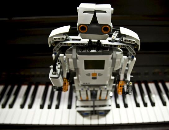 Crean un sistema capaz de reconocer y localizar canciones al ser tarareadas